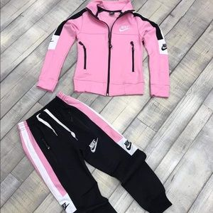 Other - Kids tracksuit!!